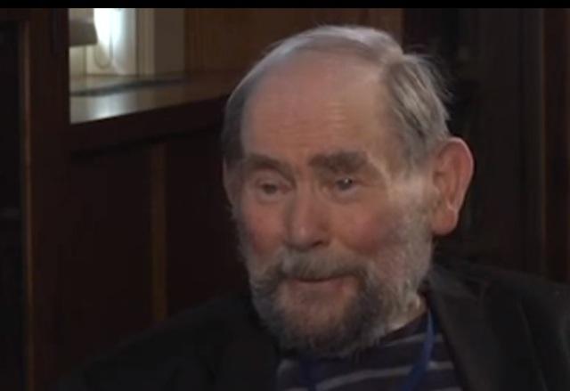 Sydney Brenner,  um dos ganhadores do Prêmio Nobel de Fisiologia e Medicina de 2002