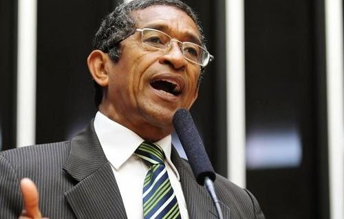 O deputado Vicentinho (PT-SP), líder de seu partido na Câmara dos Deputados. Imagem: Márcio Falcão/FolhaPress